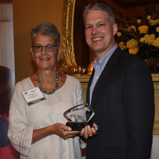 Patti Colbert Receives Prestigious 2014 Equine Industry Vision Award